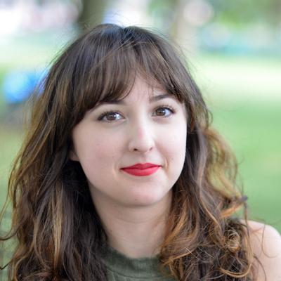 Julianne Ross