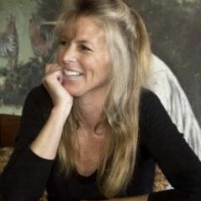 Suzy Evans